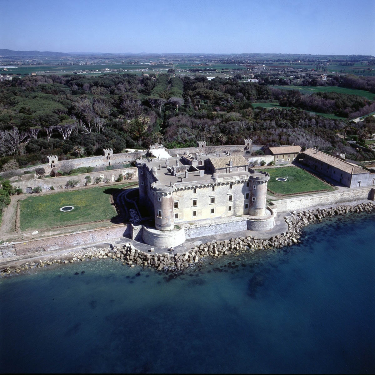 Castello Odescalchi Ladispoli, Roma - Veduta aerea